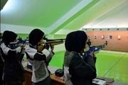 مسابقه تیراندازی بانوان ویژه بزرگداشت روز ارتش در بوشهر برگزار شد