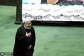 روحانی برای دفاع از رزم حسینی به مجلس نمی رود/ جهانگیری فردا به مجلس می رود
