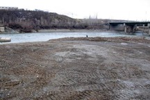پنج هزار مترمربع از بستر رودخانه آدینان سقز پاکسازی شد