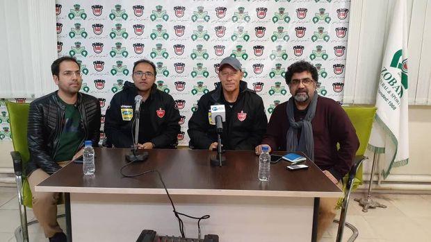 سرمربی تیم فوتبال پرسپولیس: دیدار سختی با ذوبآهن داریم