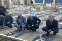 وزیر فرهنگ و ارشاد اسلامی به مقام شهدای کرمان ادای احترام کرد