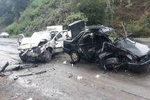 هشت مجروح در برخورد کامیون با 2 خودرو در جاده دورود- ازنا