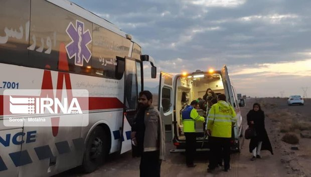 برخورد اتوبوس با خاور در جاده شاهرود به سبزوار ۴۷ مصدوم داشت