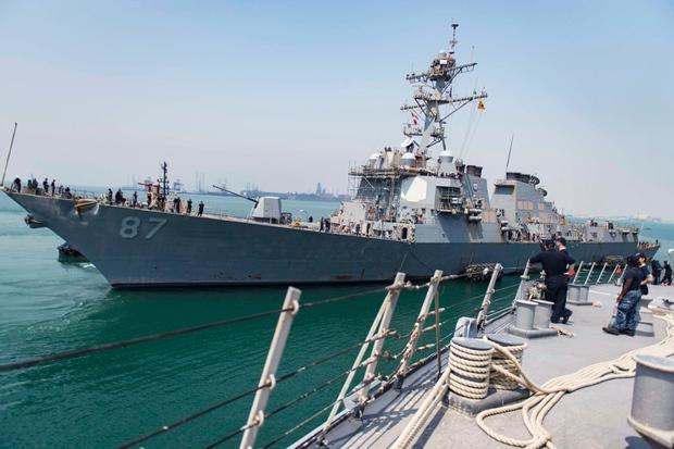 آمریکا یک ناوشکن به دریای عمان فرستاد