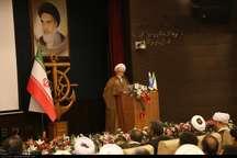 دستاوردهای انقلاب اسلامی برای مردم بیان شود