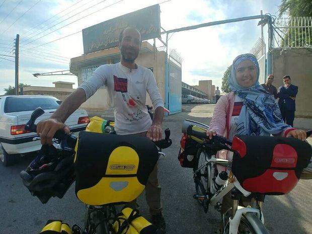 زوج دوچرخه سوارمشهدی با شعار اهدای عضو به دزفول رسیدند