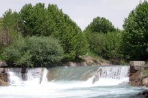 دادستان آبیک خواستار لولهکشی محدوده رودخانه زیاران شد