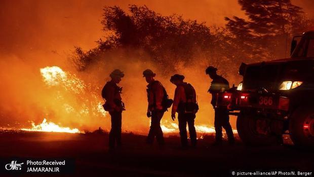 دیوارهای بزرگ و وحشتناک آتش در آمریکا+ تصاویر