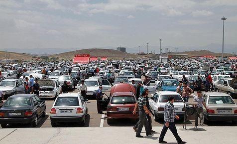 قیمتهای بازاری خودروها غیرواقعی است