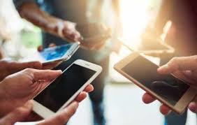 دلار چند درصد موبایل را گران کرد؟