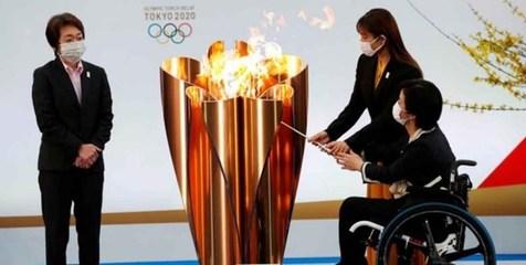 مشعل المپیک روشن شد
