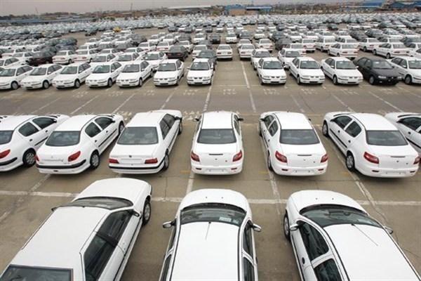معاون وزیر صمت: خودروسازان حق گران کردن خودروهای پیش فروش را ندارند