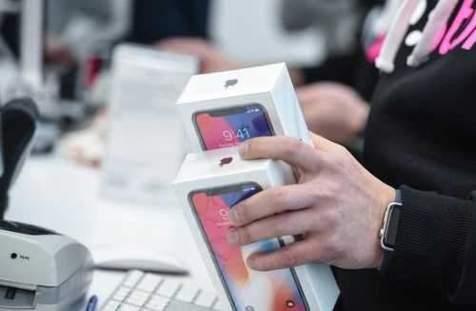 قیمت روز انواع تلفن های همراه در بازار/ 19 شهریور 99