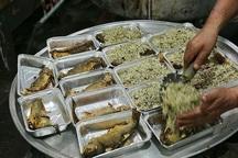 شهرداری تهران بین محرومان سبزی پلو با ماهی توزیع می کند