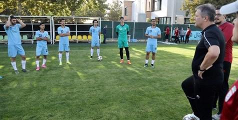 نبی: برای پخش زنده دیدار تیم ملی ایران و ازبکستان هماهنگی شده
