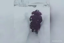 ارتفاع یک متری برف در پیرانشهر آذربایجانغربی