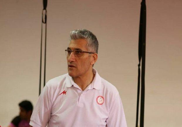 تیم والیبال شهرداری ارومیه برای کسب نتایج خوب، فرصت میخواهد