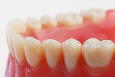 آشنایی با درمان های خانگی برای پوسیدگی دندان