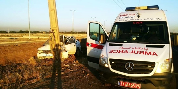 5 مصدوم بر اثر برخورد پراید با تیر برق در قزوین