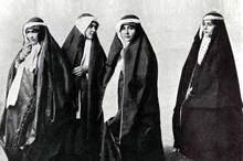 گاه شمار حجاب: کشف حجاب و رسمیت یافتن آن