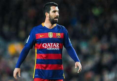 بازیکن سابق بارسلونا به ۲ سال و ۸ ماه حبس تعلیقی محکوم شد