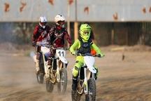 مسابقات موتورسواری در تایباد برگزار شد