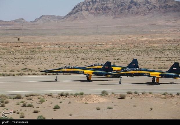 تحویل 3 فروند جت جنگنده کوثر به نیروی هوایی ارتش (20)