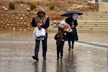 باد شدید و باران در راه فارس
