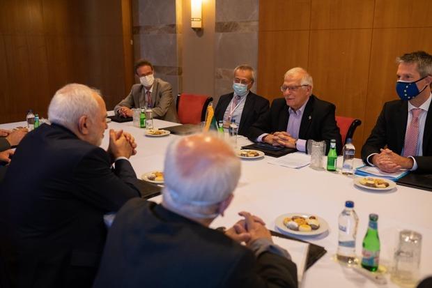 جزییات جلسه مسئول سیاست خارجی اتحادیه اروپا با ظریف