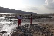امدادرسانی هلال احمر به باغملک در پی بارش باران