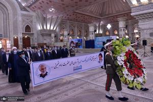 تجدید میثاق وزارتخانه ها، اصناف، نهادها و سازمان ها با آرمان های امام خمینی(س)