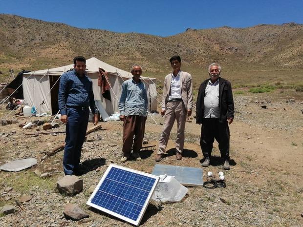 توزیع 125 پنل خورشیدی بین عشایر استان تهران