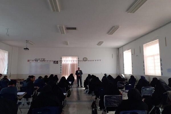 رقابت ۱۰۰ نفر از  فرهنگیان در مسابقات قرآن و معارف اسلامی  دهاقان