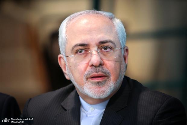 انتقاد ظریف از سیاست یک بام و دو هوای غرب در قبال فعالیت های موشکی ایران