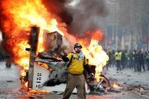 آشوب و درگیری شدید معترضان با پلیس در پاریس+تصاویر