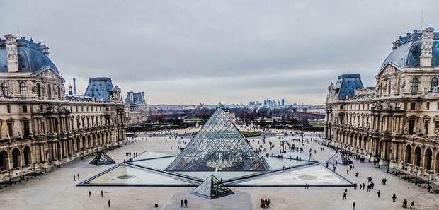 خسارت 16 میلیارد یورویی کرونا به پاریس و موج سوم بیماری در اروپا