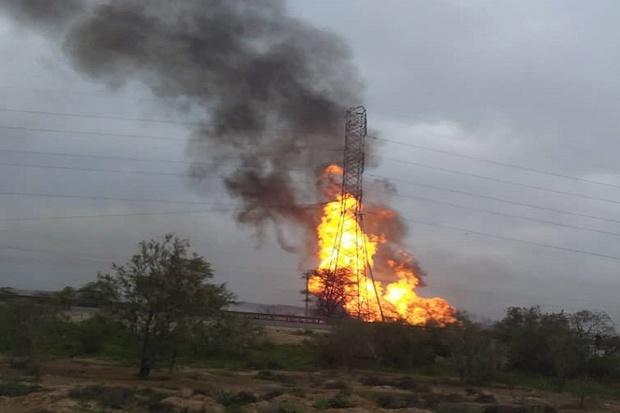 11  کشته و زخمی در پی انفجار خط لوله گاز در خوزستان+ فیلم
