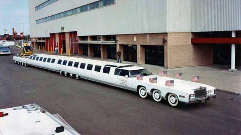 درازترین خودروی دنیا با ۳۰.۵ متر طول بازسازی شد+ تصاویر