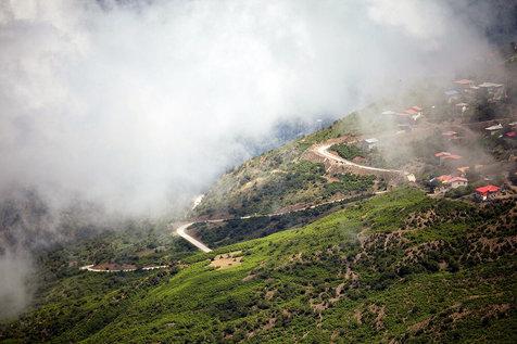دریای ابر بر ارتفاعات فیلبند+ عکس