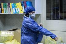 اهدا ۴۰۰ دست لباس ضد کرونا به شبکه بهداشت توسط خیر بروجردی