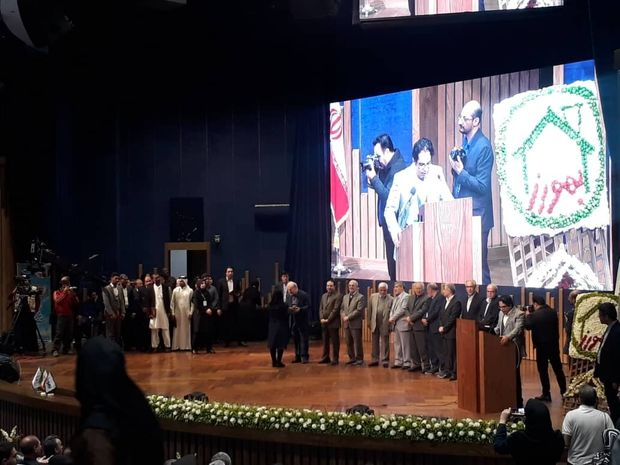 ۳۰۰ بهورز نمونه کشور در مشهد تجلیل شدند