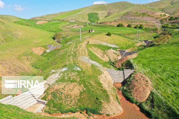 ۶۶ طرح آبخیزداری هفته دولت در اصفهان به بهره برداری می رسد