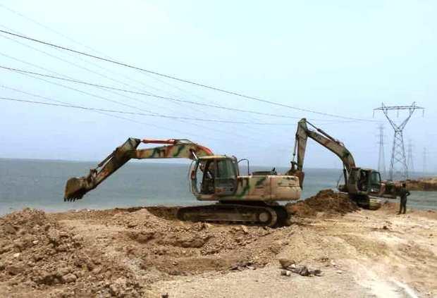 خروجی آب شیرین تالاب شادگان به خلیج فارس مسدود شد