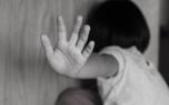 مادر کودک آزار : نوید از فرانسه دستور شکنجه پسرم داد و مرا تهدید کرد
