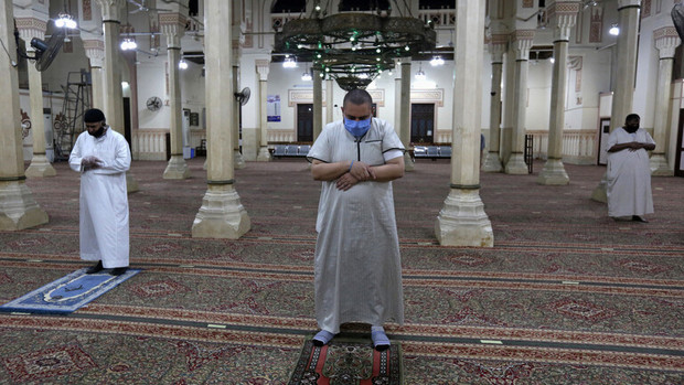بازگشایی مساجد در مصر+تصاویر