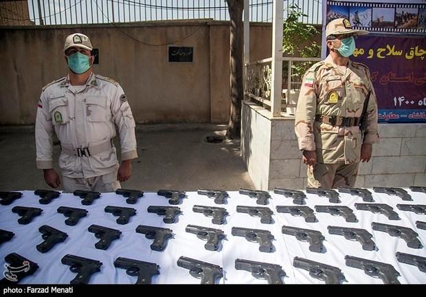 محموله بزرگ سه باند قاچاق اسلحه در کرمانشاه کشف شد + تصاویر
