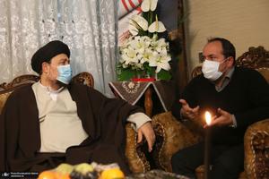 حضور سید حسن خمینی در منزل شهید فخری زاده