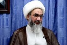 امام جمعه بوشهر: طلبه ها در مسیر انقلابی بودن جامعه ایفای نقش کنند