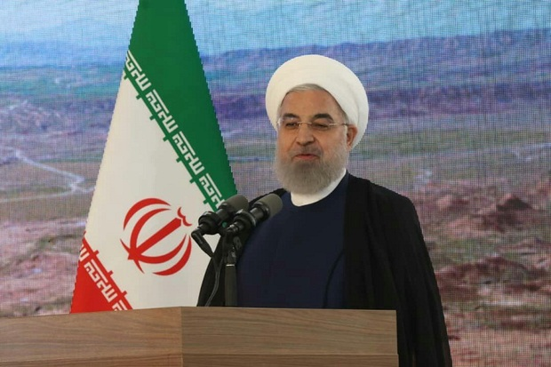 روحانی: ملت ایران در برابر قلدرمابآن سر تعظیم فرود نمی آورد