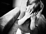 آشنایی با نشانههای خودکشی در کودکان و توصیههایی برای والدین